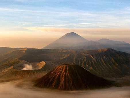 volcano-16912__340