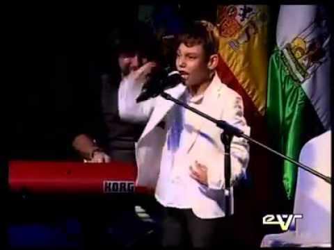 Adrian Martín. Un pequeño gran cantante con un problema neurológico.