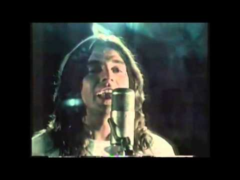 Love is in the Air : John Paul Young : 1977 HQ Video
