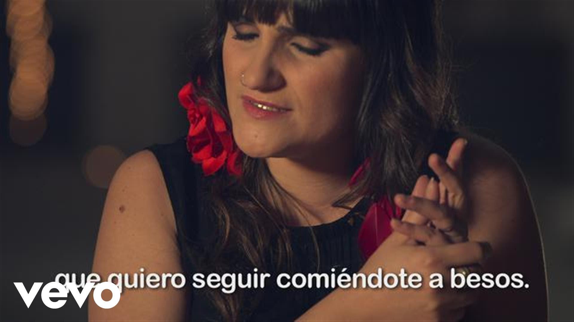 Rozalen - Comiendote a Besos (Videoclip Subtitulado)